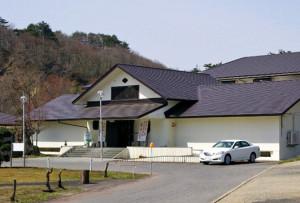 鳴子 日本こけし館