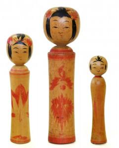 〔右より 12.4cm、18.8cm、15.2cm(昭和16年)(日本こけし館)〕 深沢コレクション
