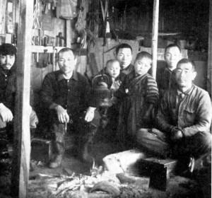 五十嵐木工所 右端が鈴木庸吉 撮影:水谷泰永