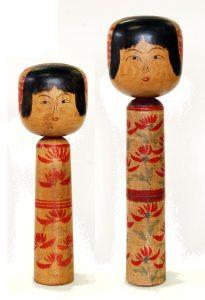 〔右より 40.9cm、31.5cm(昭和10年ころ)(日本こけし館)〕 深沢コレクション